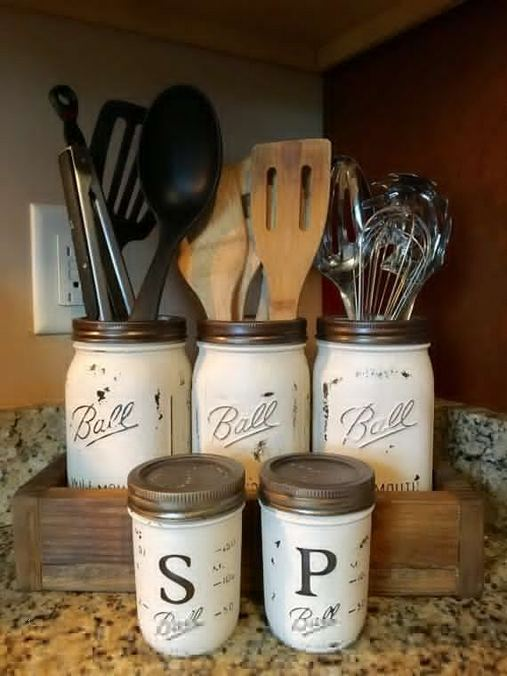 14 Unique Country Kitchen Decor Ideas By Using Mason Jars 15
