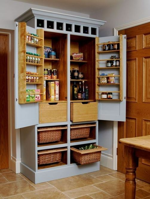 17 Adorable Space Saving Kitchen Pantry Ideas 32