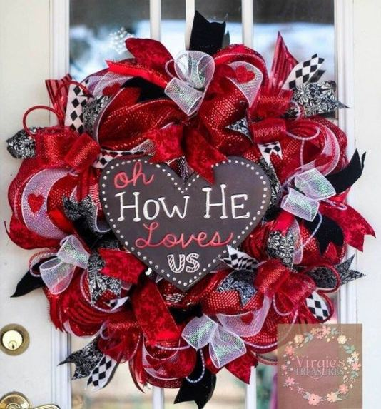 12 Adorable Valentines Outdoor Decorations Ideas 22