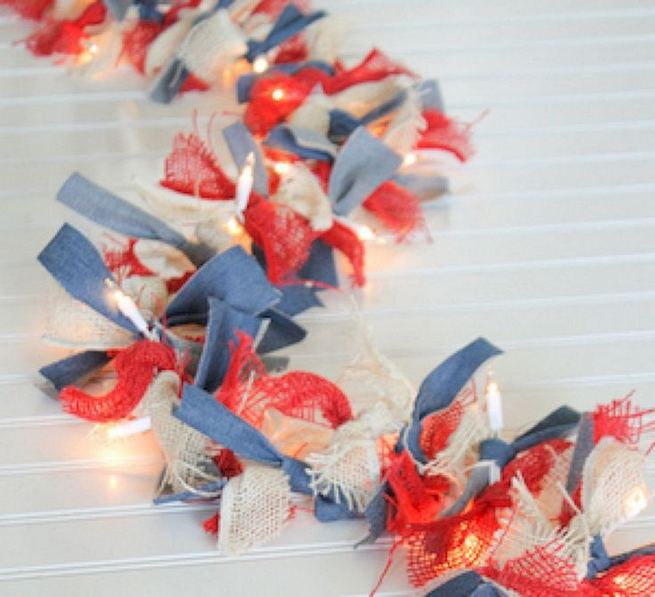 12 Creative DIY Holiday Garland Decorating Ideas On A Budget 14