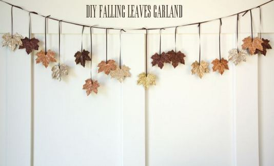 12 Creative DIY Holiday Garland Decorating Ideas On A Budget 17