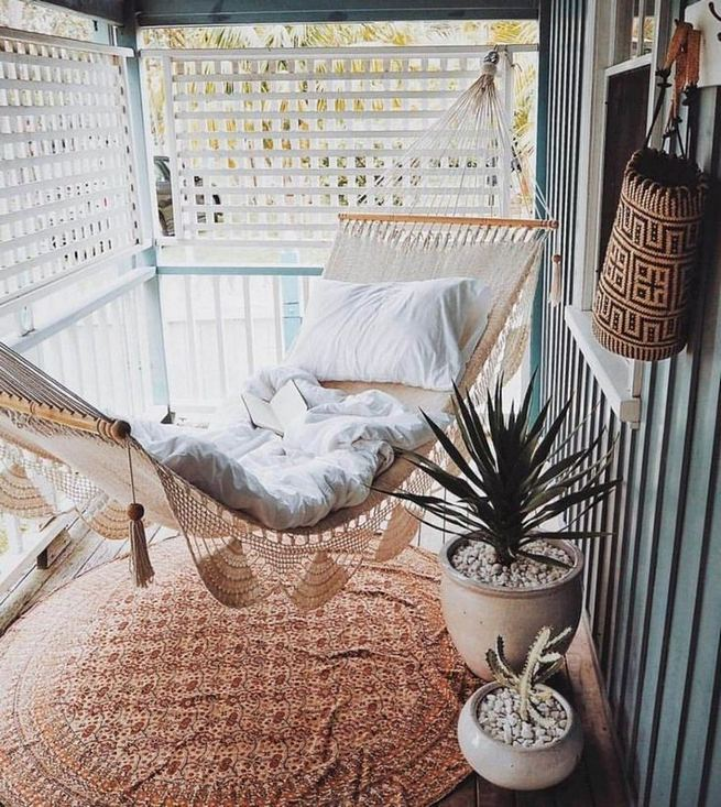 12 Creative Small Apartment Balcony Decorating Ideas On A Budget 27