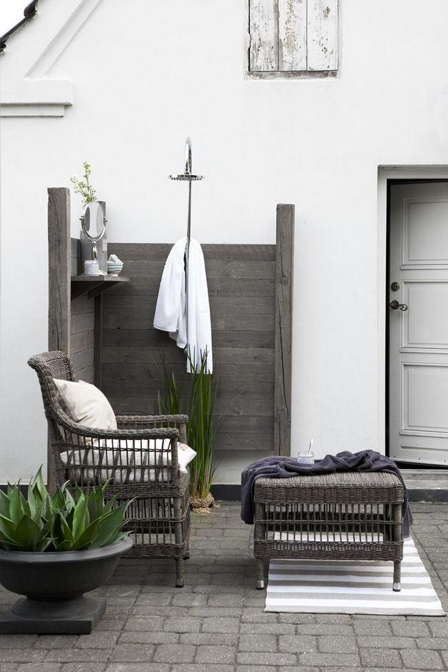14 Gorgeous Modern Outdoor Shower Ideas For Best Inspiration 14