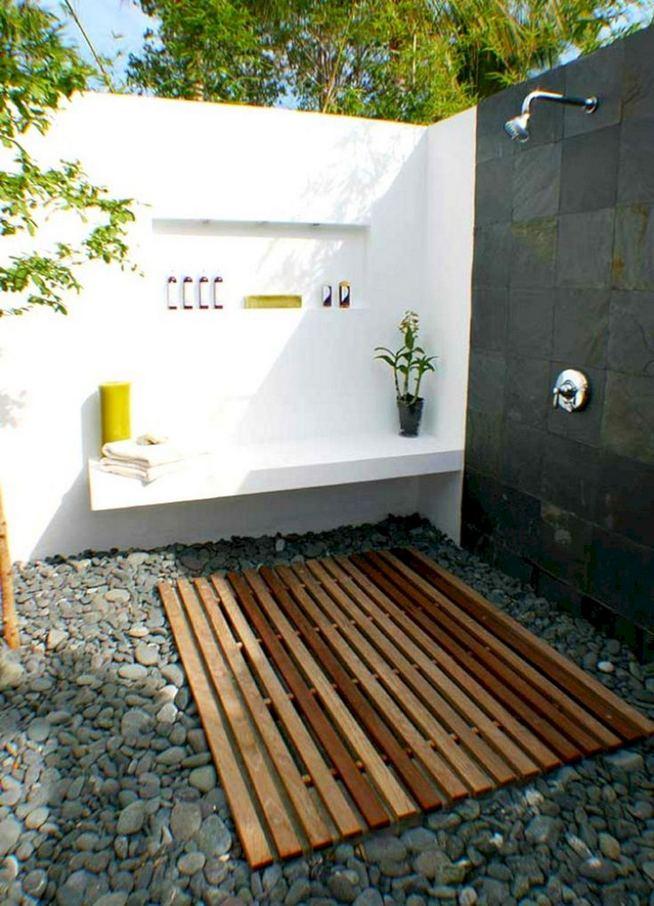 14 Gorgeous Modern Outdoor Shower Ideas For Best Inspiration 40
