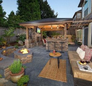 15 Amazing Outdoor Fireplace Design Ever 31