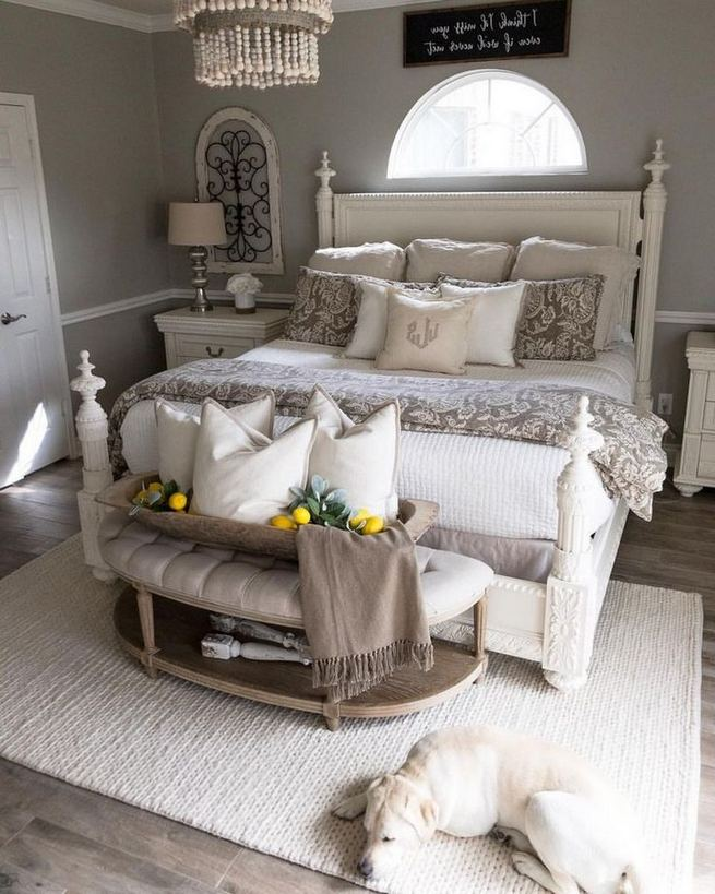 16 Comfy Farmhouse Bedroom Decor Ideas 08