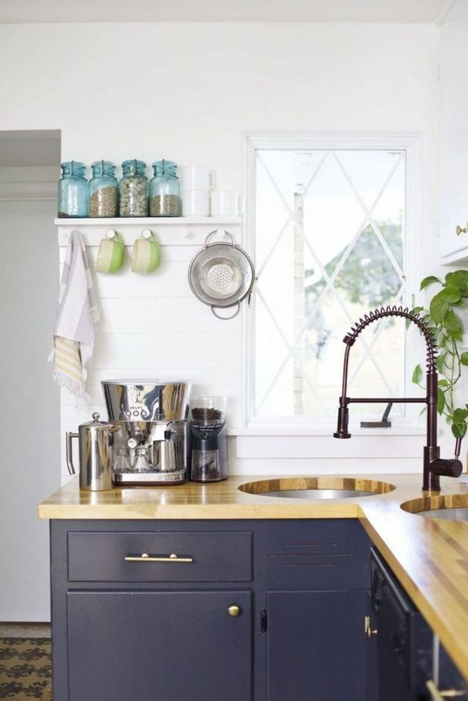 16 Gorgeous Kitchen Counter Organization Ideas Must Owned 29