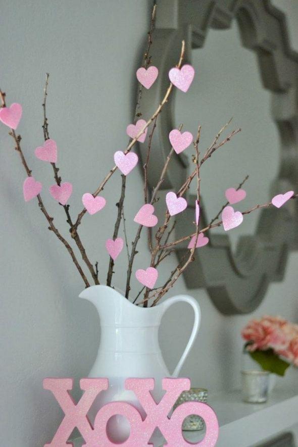 16 Wonderful DIY Valentine Decorations Ideas 39