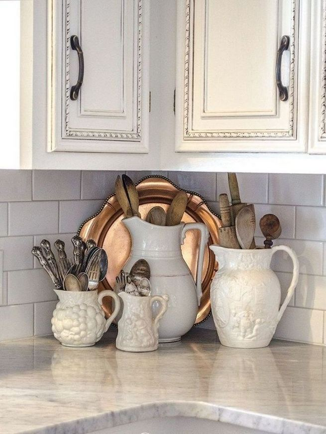 17 Inspiring Country Style Cottage Kitchen Cabinets Ideas 31
