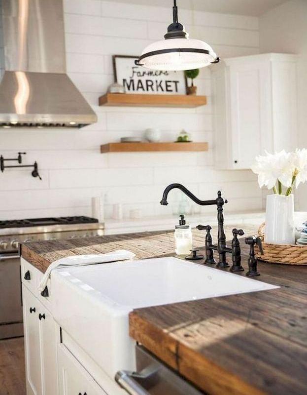 22 Stunning Farmhouse Style Cottage Kitchen Cabinets Ideas 12