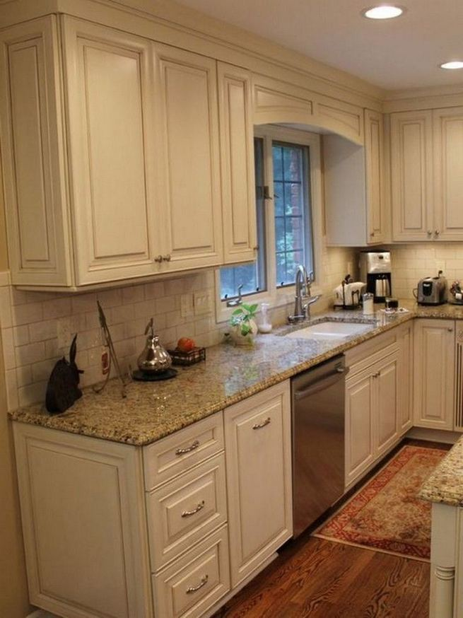 22 Stunning Farmhouse Style Cottage Kitchen Cabinets Ideas 38