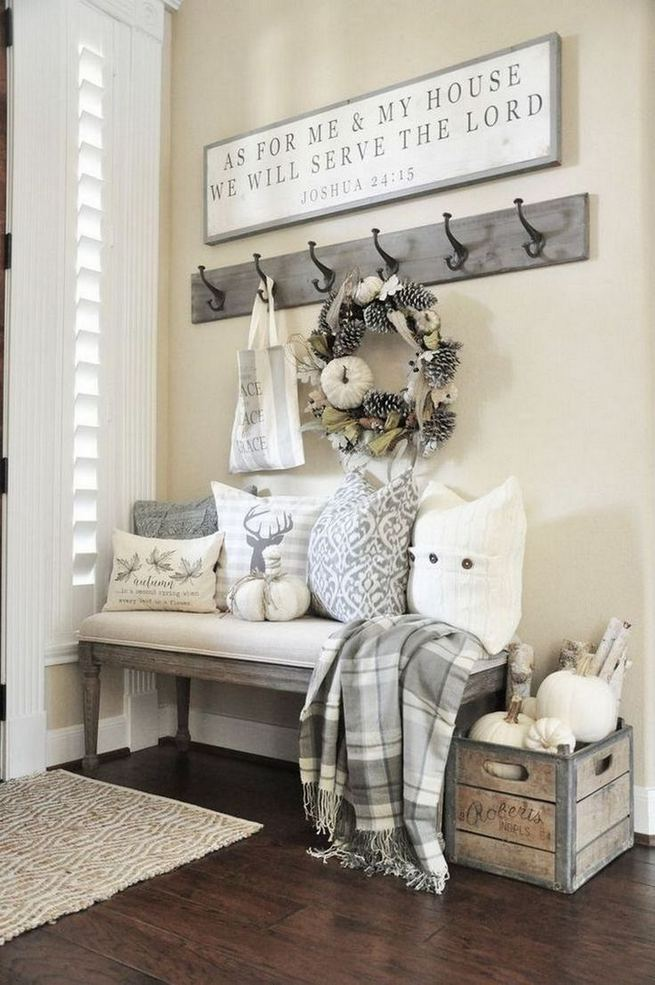 12 Stunning Rustic Small Mudroom Entryway Decor Ideas 03