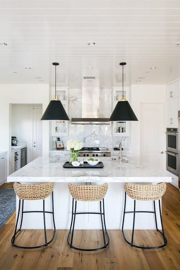 12 Stylish Luxury White Kitchen Design Ideas 09