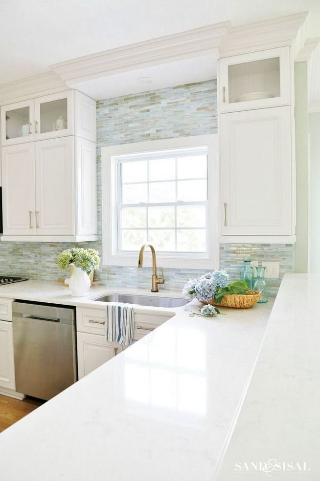 12 Stylish Luxury White Kitchen Design Ideas 21