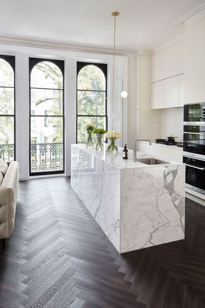 12 Stylish Luxury White Kitchen Design Ideas 26