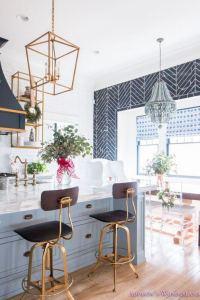 12 Stylish Luxury White Kitchen Design Ideas 28