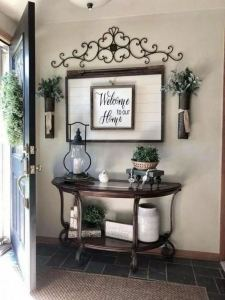 13 Amazing Farmhouse Entryway Decoration Ideas 16