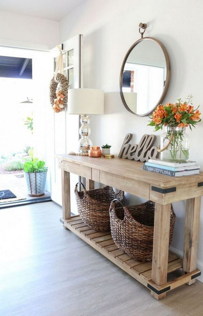 13 Amazing Farmhouse Entryway Decoration Ideas 19