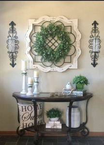 13 Amazing Farmhouse Entryway Decoration Ideas 26