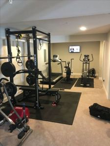 13 Comfy Gym Room Ideas For Small Spaces 04