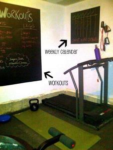 13 Comfy Gym Room Ideas For Small Spaces 05