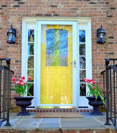 13 Fantastic Yellow Brick Home Decor Ideas For Front Door 06