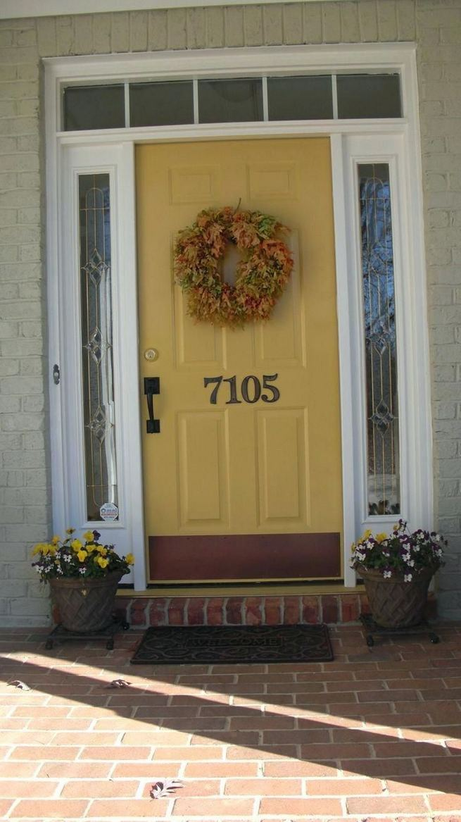 13 Fantastic Yellow Brick Home Decor Ideas For Front Door 16