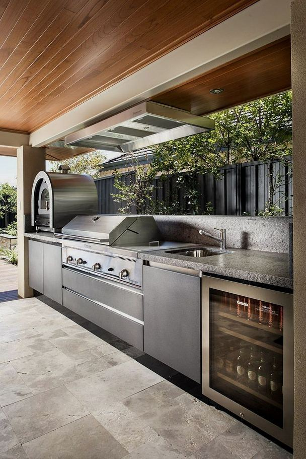13 Totally Inspiring Outdoor Kitchens Design Ideas 29
