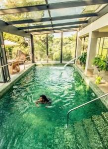 13 Totally Perfect Small Backyard Pool Design Ideas 15