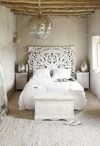 14 Brilliant Bohemian Bedroom Design Ideas 02