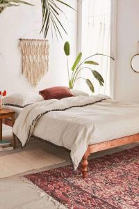 14 Brilliant Bohemian Bedroom Design Ideas 04