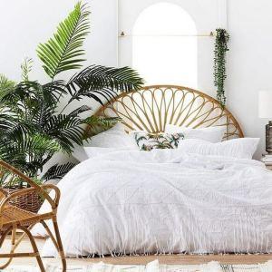 14 Brilliant Bohemian Bedroom Design Ideas 16