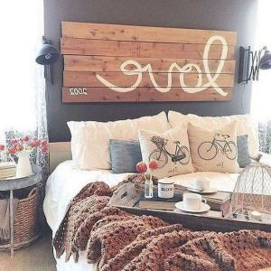 14 Comfy Shabby Chic Bedrooms Design Ideas 02