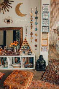 14 Cozy Bohemian Living Room Decoration Ideas 02