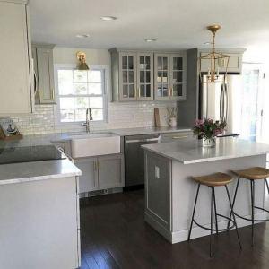 15 Incredible Farmhouse Gray Kitchen Cabinet Design Ideas 04