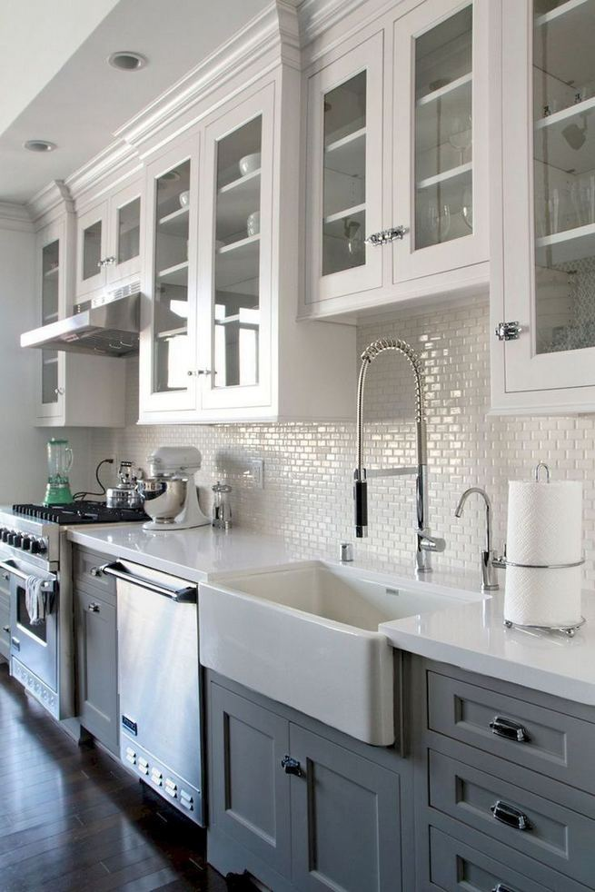 15 Incredible Farmhouse Gray Kitchen Cabinet Design Ideas 16