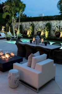 16 Cool Outdoor Spaces And Decor Ideas 25