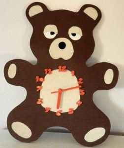 16 Cute Creative DIY Wall Clock Ideas For Kids Room 09