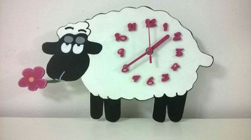 16 Cute Creative DIY Wall Clock Ideas For Kids Room 19
