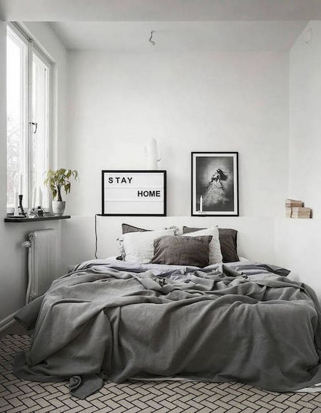 16 Minimalist Master Bedroom Decoration Ideas 29