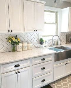 16 Modern Farmhouse Kitchen Cabinet Makeover Design Ideas 06