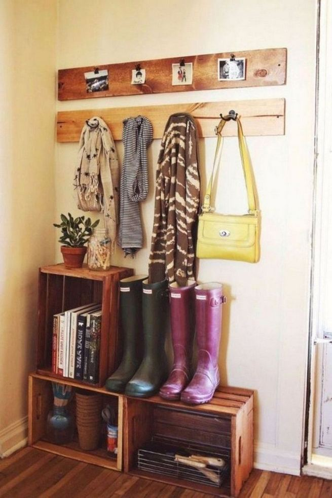 17 Brilliant DIY Decorating Ideas For Small First Apartment 02