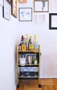 17 Easy DIY Mini Coffee Bar Ideas For Your Home 04