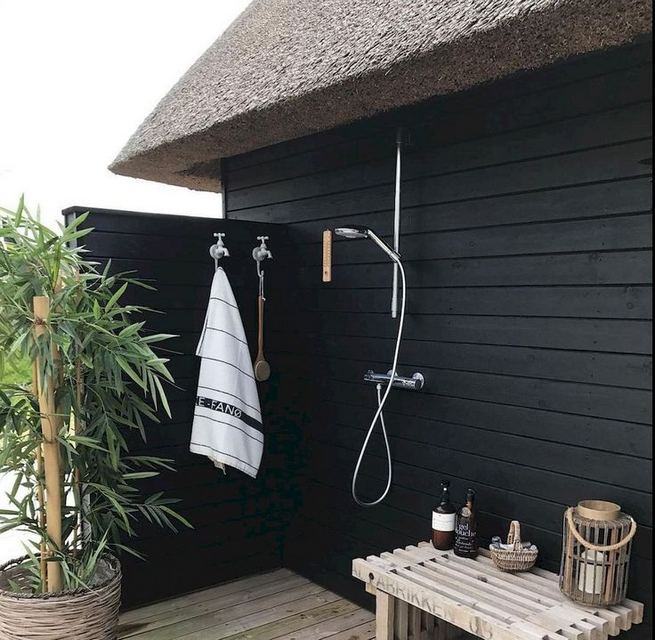 19 Inspiring Outdoor Shower Design Ideas 05