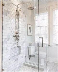 14 Beautiful Master Bathroom Remodel Ideas 19
