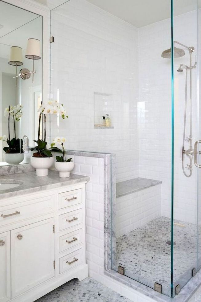 14 Beautiful Master Bathroom Remodel Ideas 34