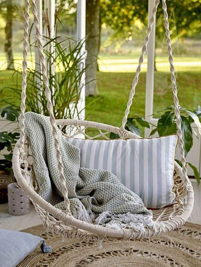 18 Adorable Hanging Chairs Ideas For Indoors And Outdoors 29