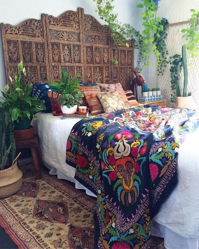 19 Creative DIY Bohemian Bedroom Decor Ideas 02