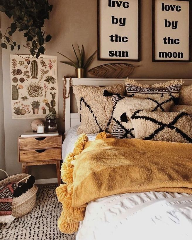 19 Creative DIY Bohemian Bedroom Decor Ideas 29