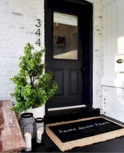 21 Stunning Farmhouse Front Porch Decor Ideas 14